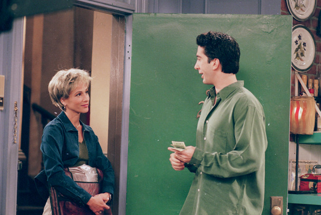 Guest star Kristin Dattilo as Kaitlin, the pizza lady making a delivery to David Schwimmer as Ross.