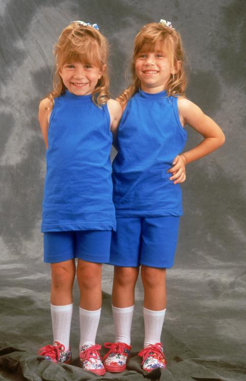 Mary Kate and Ashley Olsen publicity shot