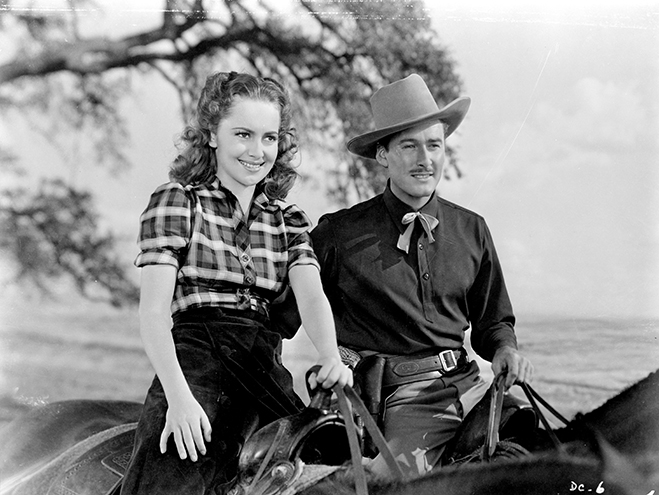 Olivia and Errol teamed up this time on horseback in this classic Warner Bros. western.