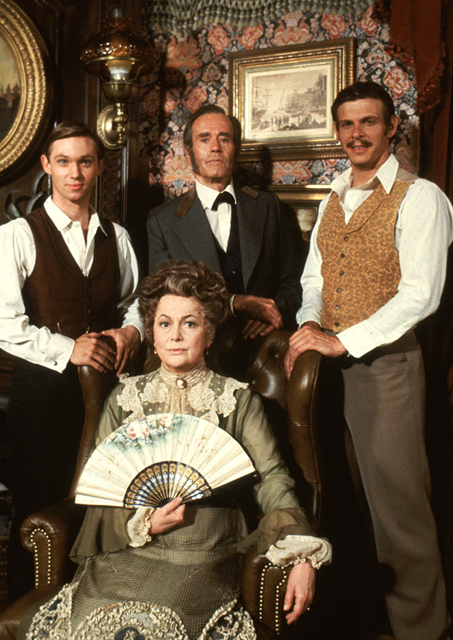 Surrounded by her TV family of Richard Thomas, Henry Fonda and Marc Singer, de Havilland appeared in the Emmy-winning Roots: The Next Generations.
