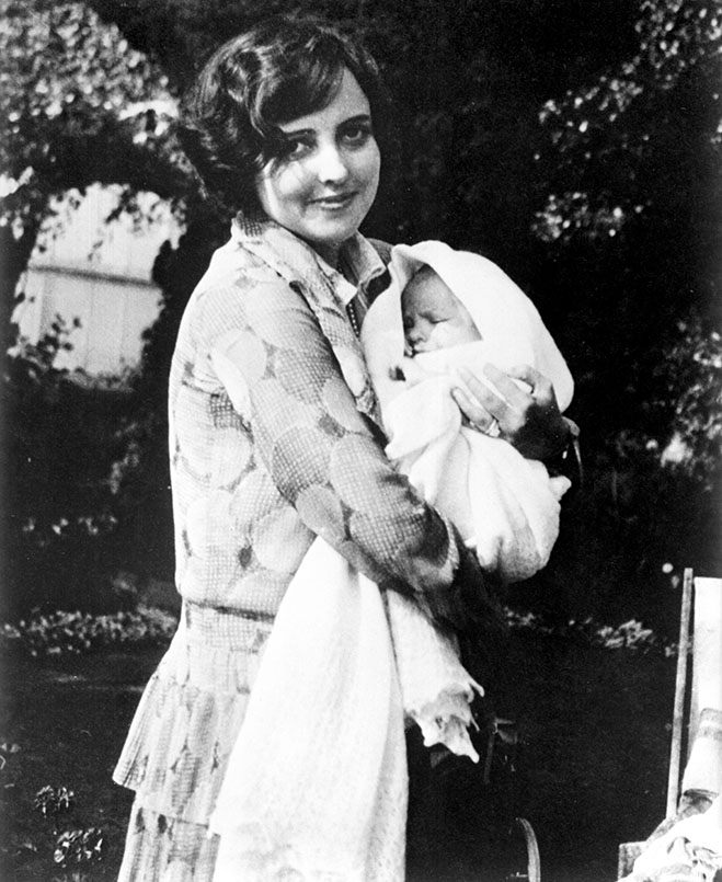 Sara Sothern and Elizabeth Taylor