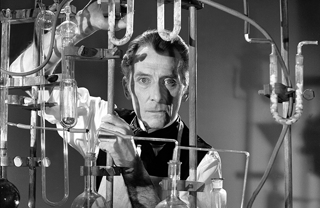 Peter Cushing in Frankenstein Must Be Destroyed