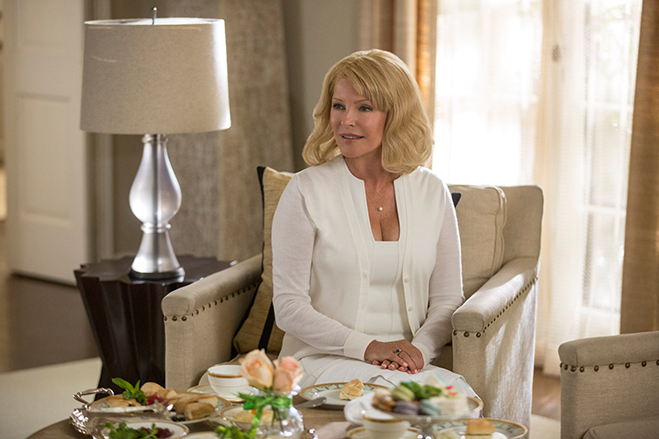cheryl ladd plays tessa's mother, Helen, in Unforgettable
