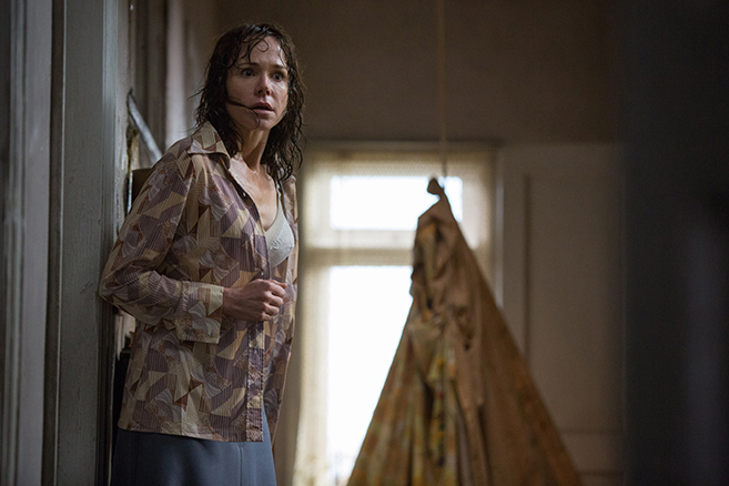frances o'connor as peggy hodgson in the conjuring 2