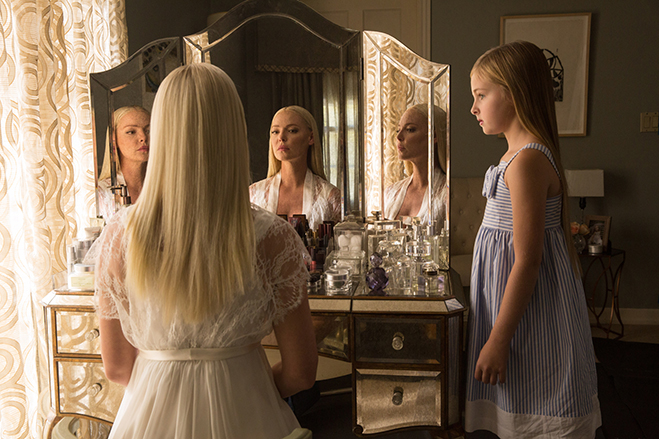 katherine heigl as tessa and Isabella Kai Rice as her daughter lily in a scene from unforgettable