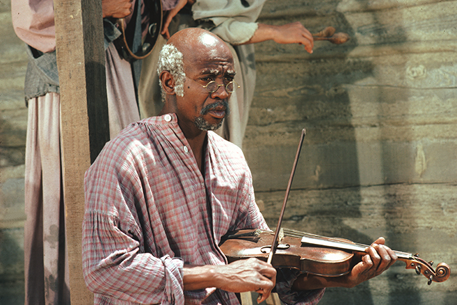 Louis Gossett Jr. won an Emmy for his memorable performance as Fiddler in Roots.