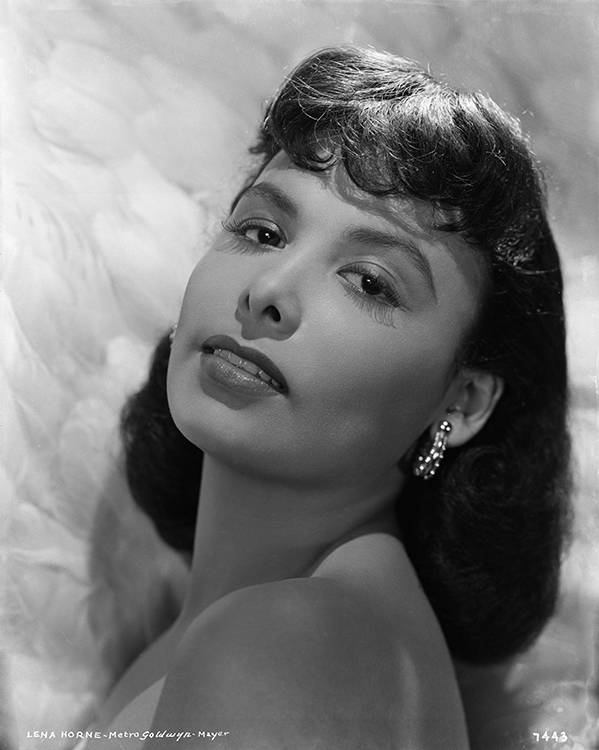 Portrait of Lena Horne in 1942