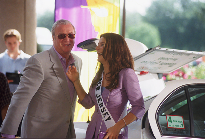 Sandra Bullock and Caine enjoy a moment during the shooting of the mega-hit, Miss Congeniality.