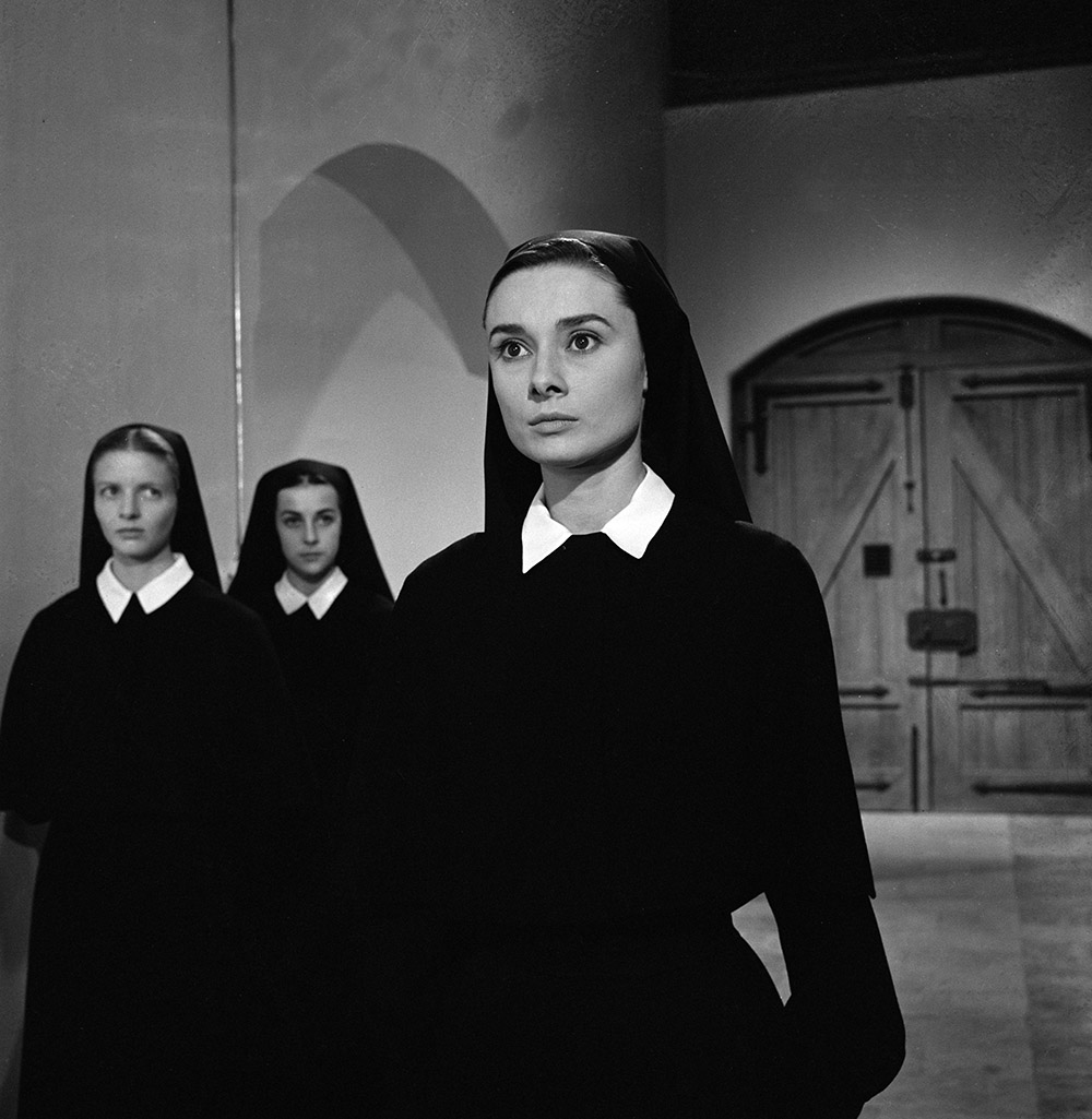 The Nun's Story - Gabrielle (Audrey Hepburn) in convent