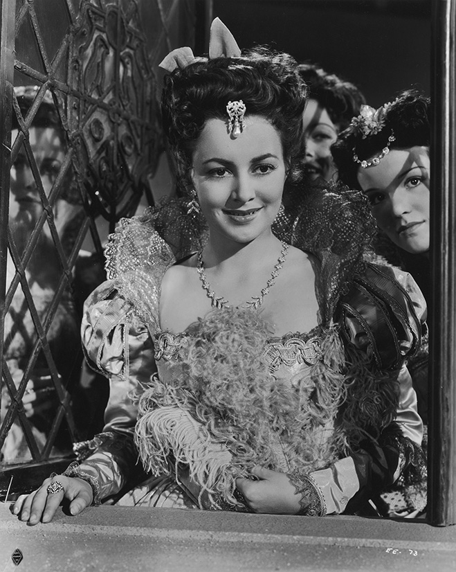 Olivia de Havilland - The Private Lives of Elizabeth and Essex (1939)
