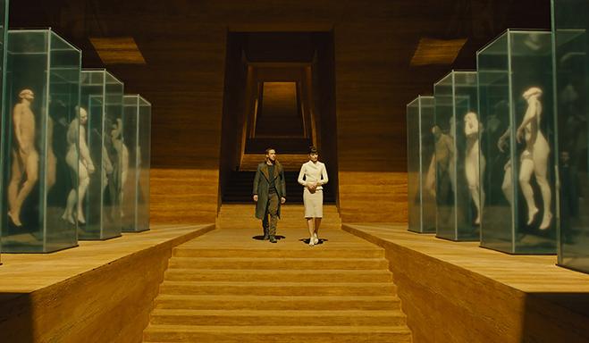Ryan Gosling and Sylvia Hoeks are dwarfed on this Blade Runner 2049 set.